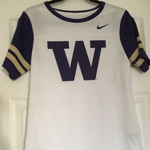 🆕 Women's Nike Washington Huskies Jersey/T-Shirt